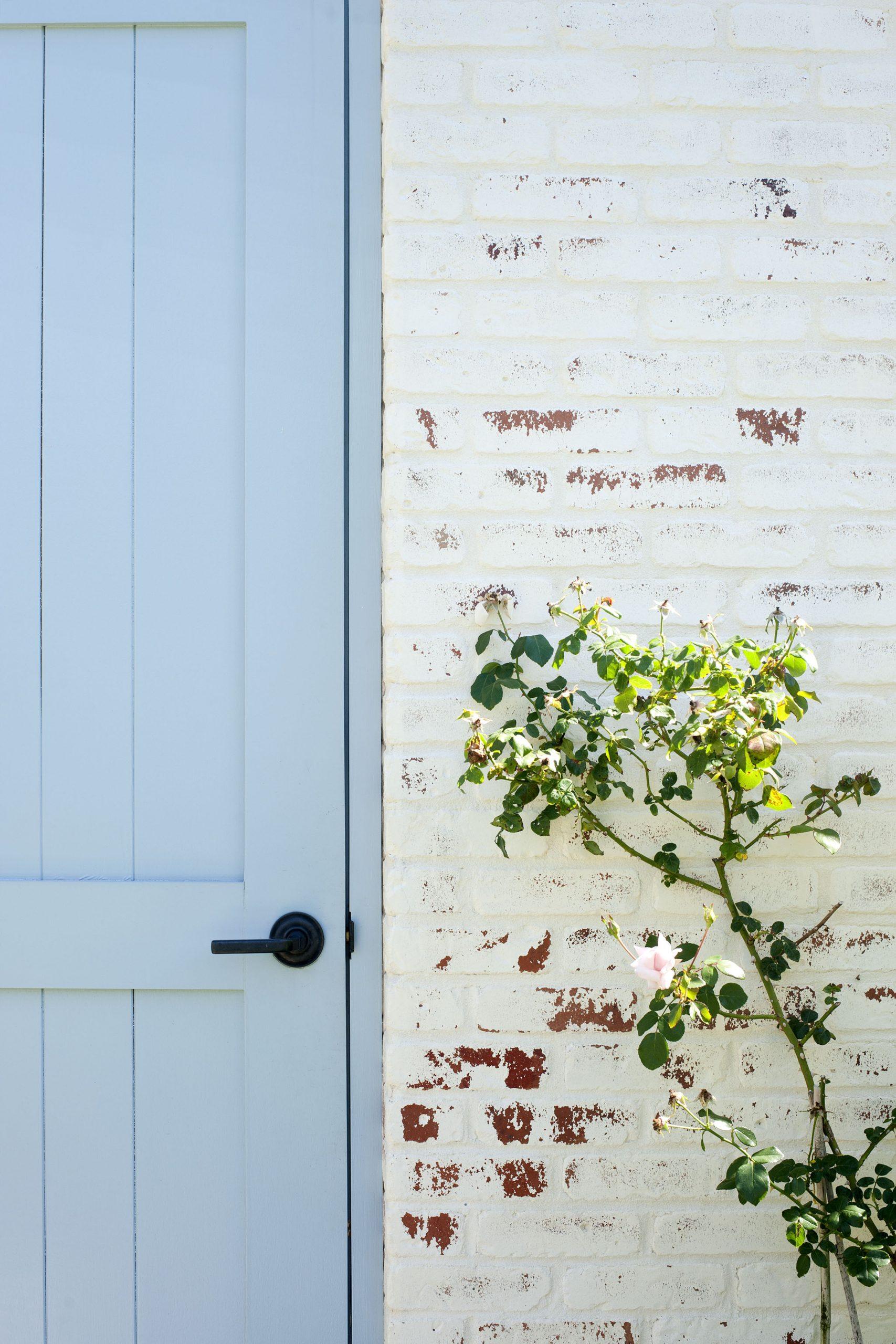 Heller_Badilla-Painters_77-Gin-Lane-Southampton-9-19-13_9589
